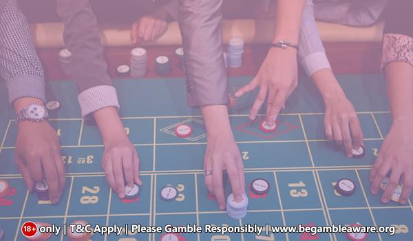 Was umfasst Roulette innerhalb und außerhalb von Wetten?